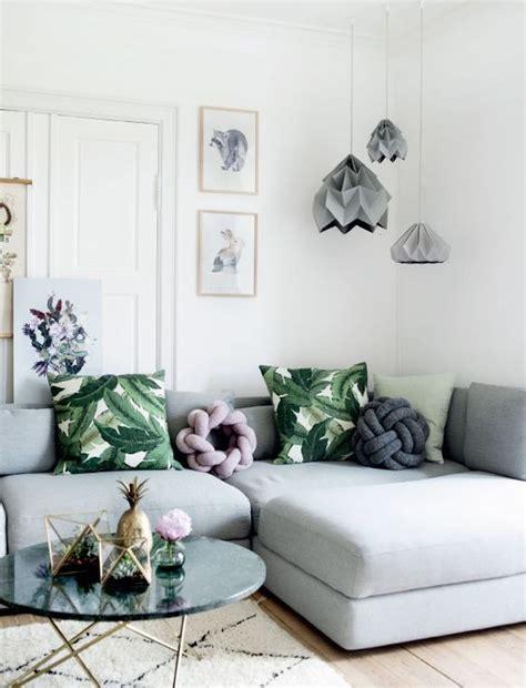 30 green and grey living room décor ideas digsdigs - Livingroom Sofa