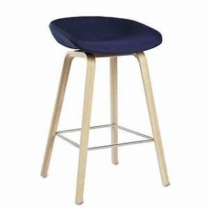 Tabouret De Bar Tissu : tabouret de bar about a stool aas33 bois et tissu hay ~ Teatrodelosmanantiales.com Idées de Décoration