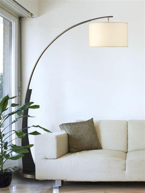 Die Bogenlampe passt zu fast jedem Interieur!