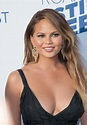 Chrissy Teigen Hilariously Shares All the 'Dumb Questions ...
