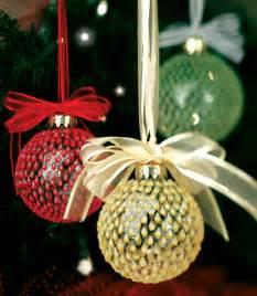 399 homemade christmas decor ideas gifts and more favecrafts com