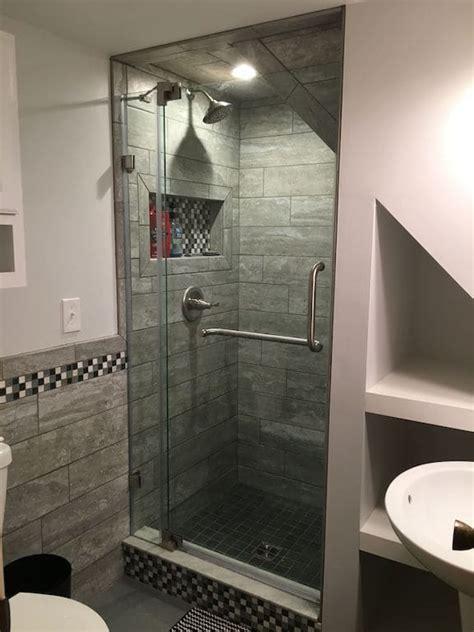banheiro embaixo da escada tc