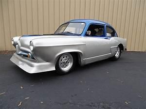 1952 Kaiser Custom