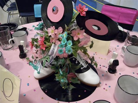 centerpiece ideas loved  centerpiece saddle