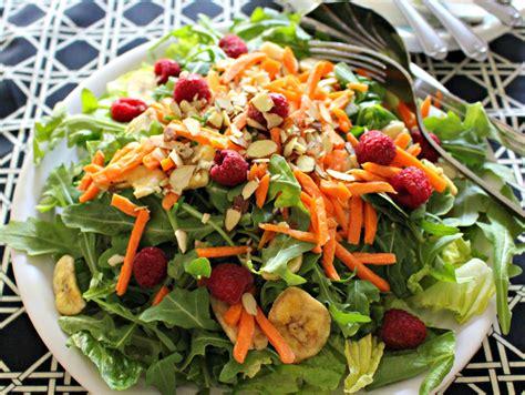 10 Easy Everyday Salads