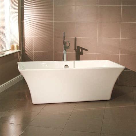 seattle    luxury freestanding bath