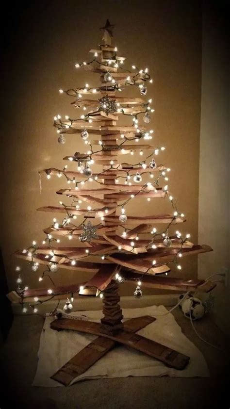 wine barrel christmas tree   trunk barrel
