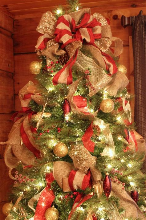how to put ribbon on christmas tree best 25 tree ribbon ideas on tree decorations ribbon