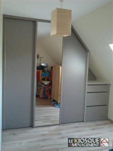 porte de chambre coulissante placard chambre sous pente