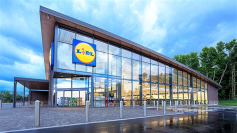 Germany's Lidl To Open Its First U.s. Stores In June