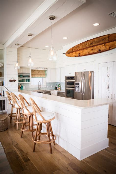 18 Fantastic Coastal Kitchen Designs For Your Beach House