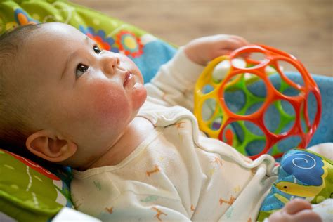 6 Tips For How To Wean Your Baby From The Bottle Or Breast