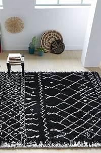 Tapis Laine Blanc : tapis laine ethnique noir et blanc rose des sables ~ Melissatoandfro.com Idées de Décoration