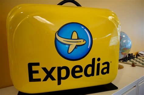expedia travel phone number expedia warns users about unauthorized access of name