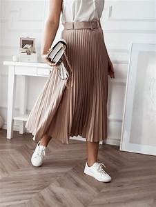 Beige Pleated Skirt With Belt Beige New Arrivals