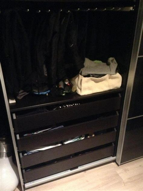 bild  pax kleiderschrank schwarz mit glastuer hannover