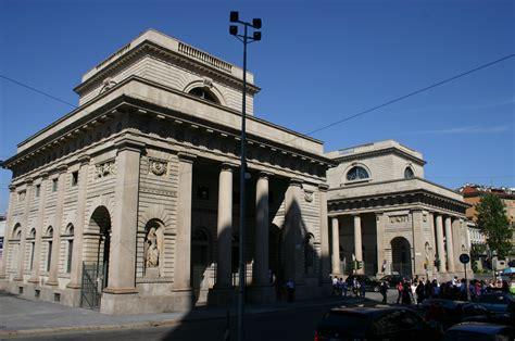 porta venezia file 3304 caselli di porta venezia foto