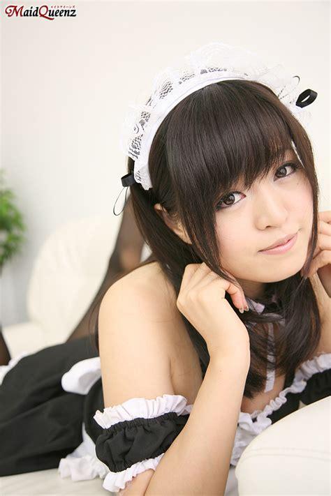 Toshimi Takahashi cute maid   japanese girl bikini