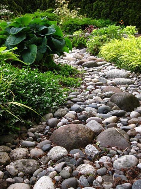 Mit Steinen 41 inspirationen f 252 r gartengestaltung mit steinen garten