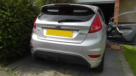 ford rear light cluster removal