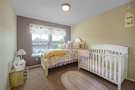 chambre 2 couleurs couleur apaisante chambre bébé raliss com