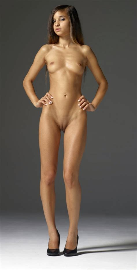 Sexy Nude Girls Pic Of