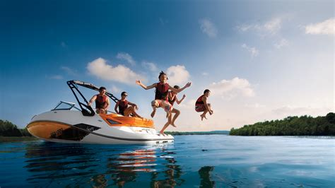 Big Boat Insurance by Do I Need Boat Insurance Answers To The Top 9 Questions