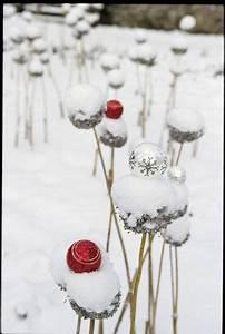 Noel Decoration Exterieur : decoration noel exterieur boules jardin accueil design ~ Premium-room.com Idées de Décoration