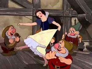 Blanche Neige Disney Youtube : 5 blanche neige et les 7 nains en francais walt disney en entier youtube yasmine ~ Medecine-chirurgie-esthetiques.com Avis de Voitures