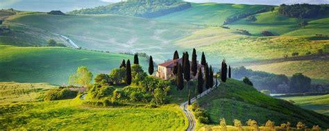 painting holidays  vistas  tuscany