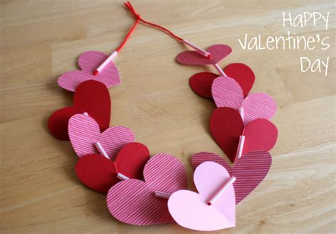 valentine s day craft ideas for preschoolers preschool crafts for s day necklace 394