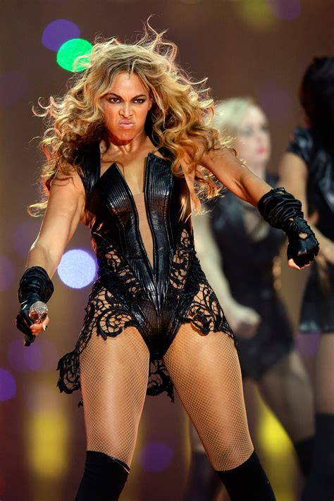 Beyonces Publicist Asks Buzzfeed To Remove Unflattering