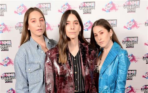Watch Haim Acceptance Speech At Vo5 Nme Awards 2018