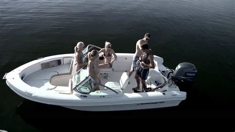 Triumph Boats Youtube by Triumph 191 Fs Boats Boats Iboats Youtube
