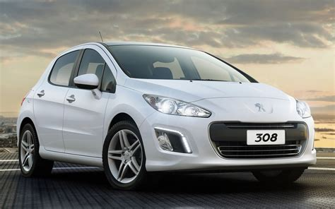 Vw Golf Competitors by Peugeot Hopes New Hatchback Direct Competitor To Vw Golf