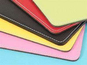 tapis souris en cuir rouge sous main cuir With tapis jaune avec canapé cuir neuf