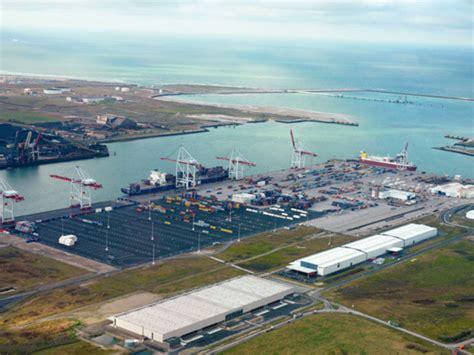 le port de dunkerque port de dunkerque recul en 2013 avant un rebond attendu