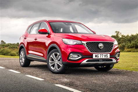 If we talk about mg hs engine specs then the petrol engine displacement is 1490 cc. MG HS Review | heycar