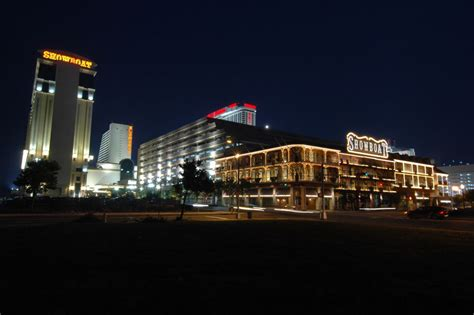 Showboat Atlantic City Pool by Showboat Hotel Pool Pictures Of Showboat Casino Hotel