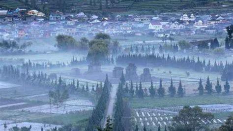 negeri  atas awan wisata desa dieng kulon banjarnegara