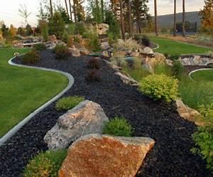Gartengestaltung Mit Rindenmulch Und Steinen : gartengestaltung mit steinen schwarze steine f r mehr stil und dramatik ~ Bigdaddyawards.com Haus und Dekorationen