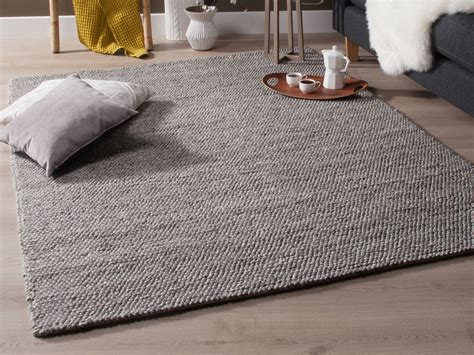 objets deco cuisine tapis tissé effet bouclé gris chellam 140x200 cm