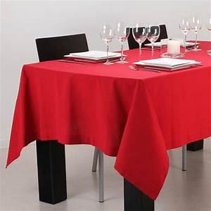 Nappe De Table Rectangulaire : nappe rectangulaire rouge nappe de table eminza ~ Teatrodelosmanantiales.com Idées de Décoration