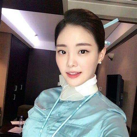 This Korean Flight Attendant Quit Her Job And Now Shes Making 25000 A Month Koreaboo