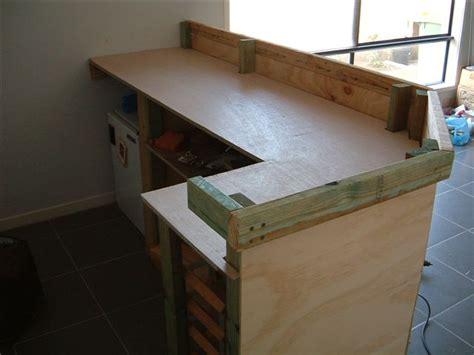construire un bar de cuisine fabriquer un comptoir de cuisine en bois 2 plan pour