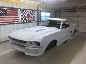 1967 Ford Mustang Fastback Shelby GT500E BODY SHELL