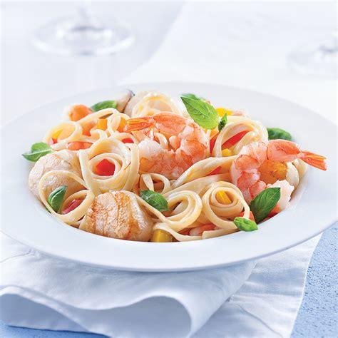cuisiner des fruits de mer linguines aux fruits de mer sauce safranée recettes
