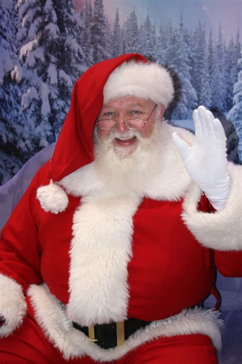 Caring Santa To Be Held At Woodfield Mall On December 8 ...