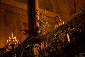 Romeo And Juliet 1996 Balcony Scene by New Photos From Romeo And Juliet Released Ahead Of