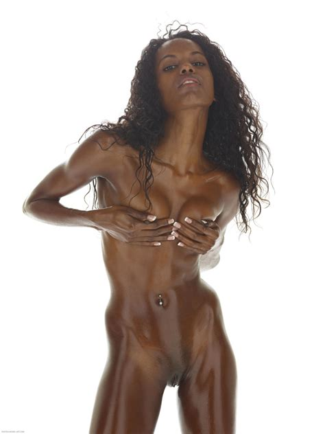 Valerie Nude In Photos From Hegreart